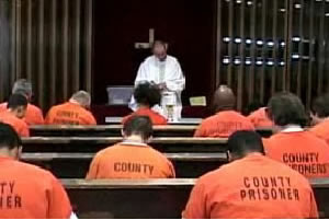 Inmates attend mass